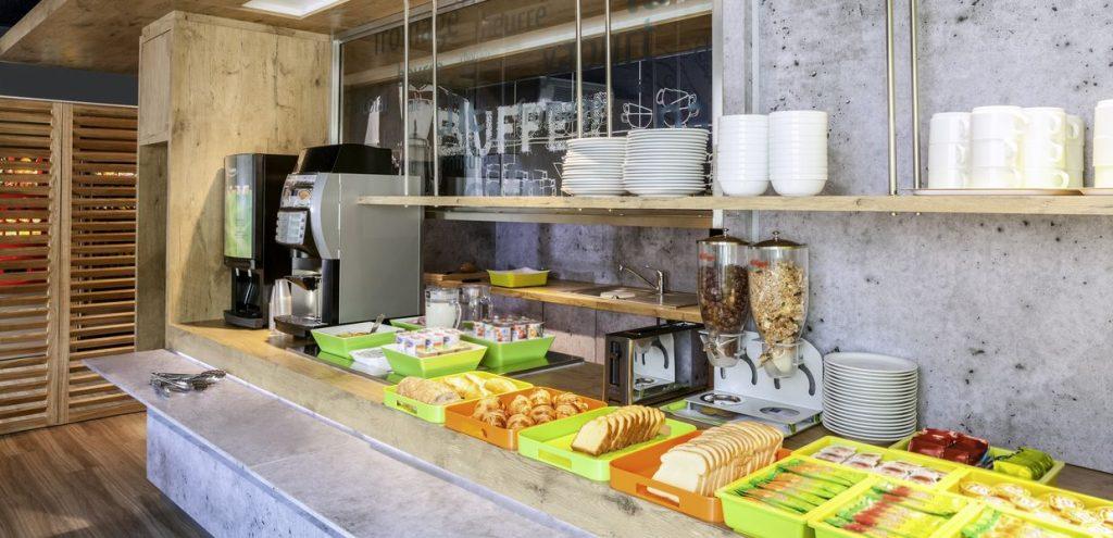 hotel-ibis-budget-nantes-nord-saint-herblain-petit-dejeuner-buffet