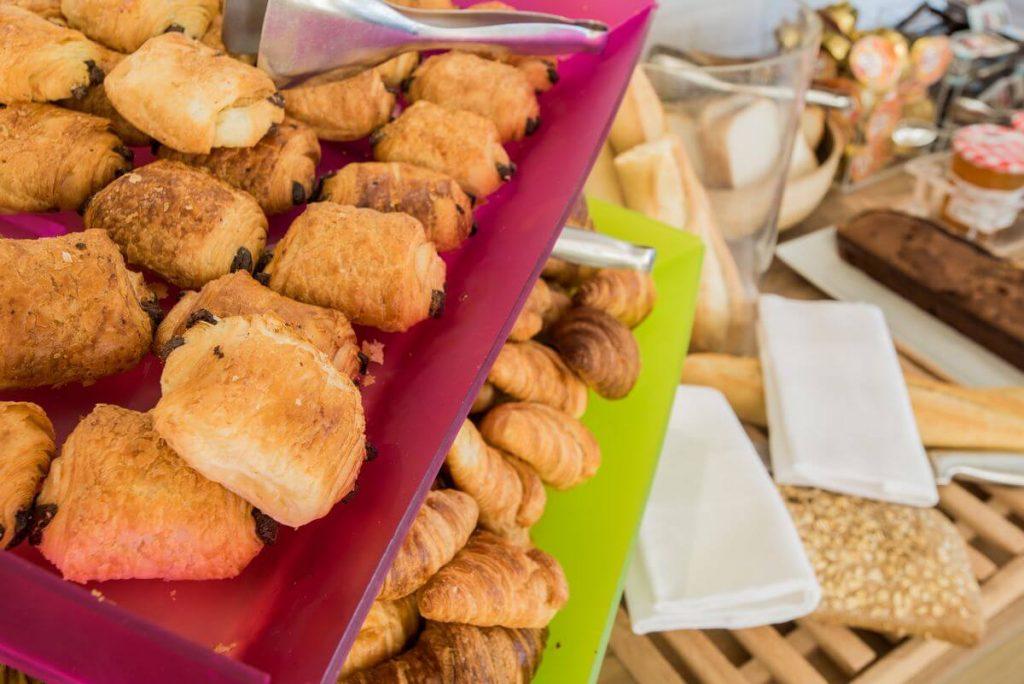 petit-dejeuner-hotel-ibis-styles-tours-sud-2 (1)