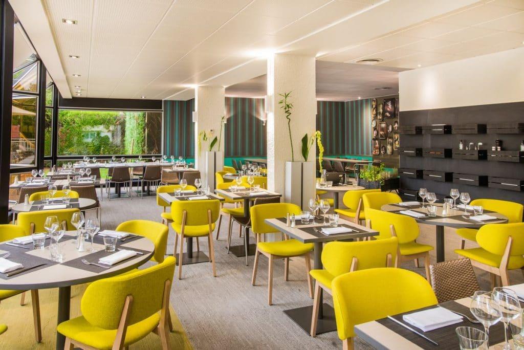 restaurant-hotel-ibis-styles-tours-sud