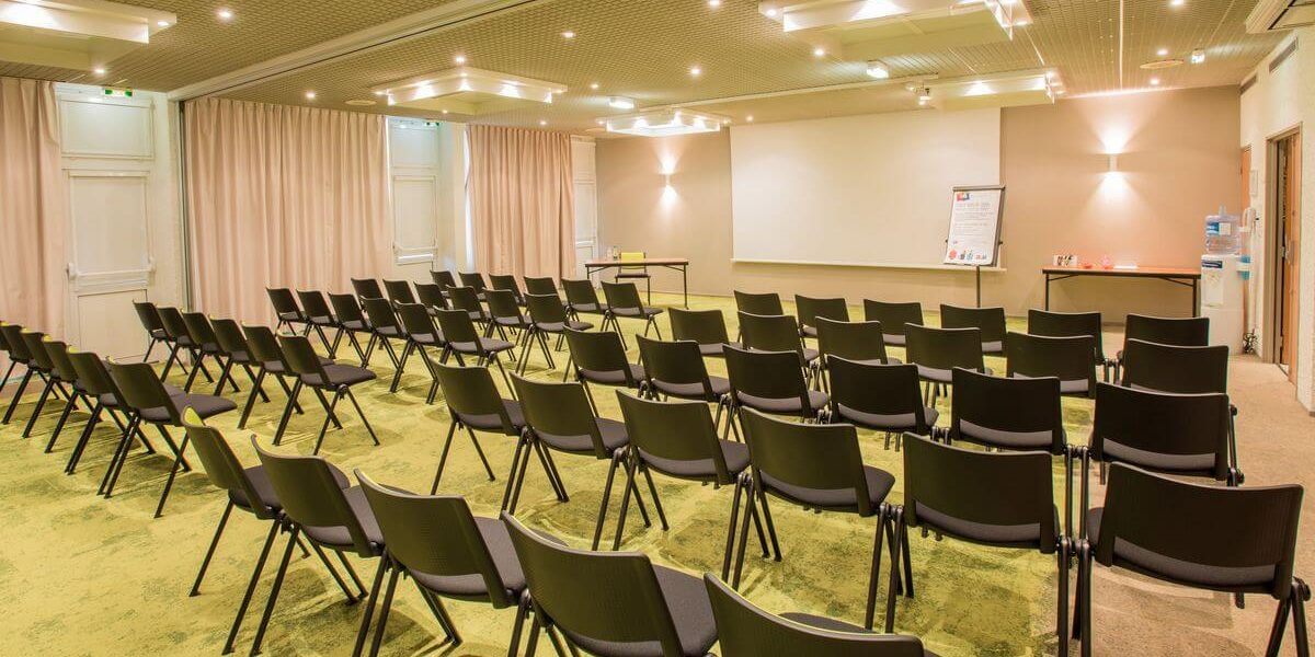 salle-conferences-hotel-ibis-styles-tours-sud (1)