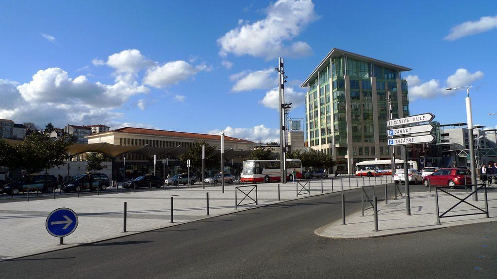 se-deplacer-poitiers-gare-transports-en-commun