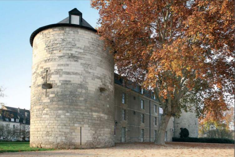 Visiter le château de Tours