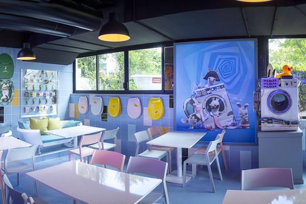 futuroscope restaurant la crepe volante